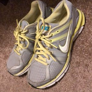 NIKE size 6.5 Anodyne DS sneakers